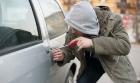 Как защитить автомобиль от угона своими руками?