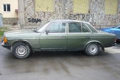 Mercedes-Benz E 230, 1983 г. в городе КРАСНОДАР