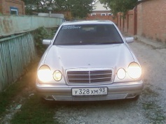 Mercedes-Benz E 220, 1996 г. в городе КРАСНОДАР