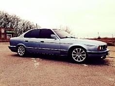 BMW 524, 1990 г. в городе Славянский район