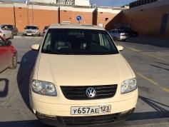 Volkswagen Touran, 2005 г. в городе КРАСНОДАР