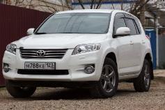 Toyota RAV 4, 2012 г. в городе КРАСНОДАР