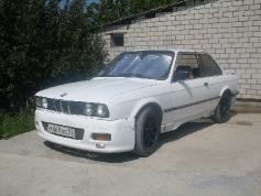 BMW 318, 1985 г. в городе НОВОРОССИЙСК
