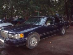 Lincoln Town Car, 1993 г. в городе КРОПОТКИН