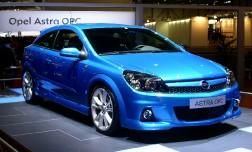 Opel Astra OPC – голубая бестия