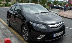 Гибрид Opel в Европе не прижился.