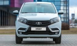 АвтоВАЗ показал серийный кроссовер Lada Xray. Запуск производства Xray в декабре.