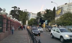 В Сочи хотят ограничить въезд иногородних авто во время летнего курортного сезона