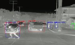 Тепловизор может стать частью стандартного оборудования автомобилей