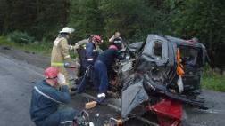Грузовик Volvo Truck протаранил 4 авто
