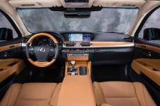 Новый гибридный Lexus- сила «двух сердец»
