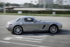Король электрокаров — электромобиль «Mercedes-Benz SLS AMG».