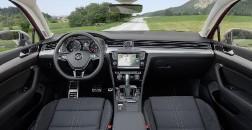 Начались продажи универсала VW Passat с вседорожной версией Alltrack