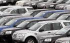 Продажи авто в России упали на 40%