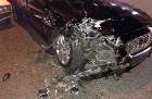 Серьёзное ДТП на ул.Транспортная в Сочи, столкнулись Jaguar и ВАЗ-2105