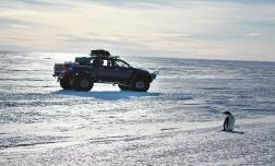 Toyota Hilux покоряет Южный полюс
