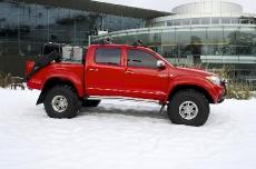 Неразрушимый Toyota Hilux