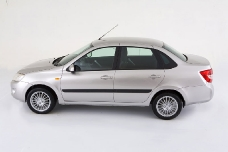 Lada Granta - первое впечатление: не «кранты»