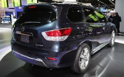 Обновленный Nissan Pathfinder 2013