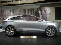 Концепт-кар Buick Envision на Шанхайском автосалоне 2011