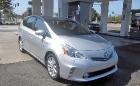 Toyota Prius v Five модель 2012